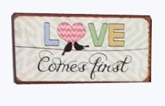 "Magnet 5x10 cm - ""Love comes first"""