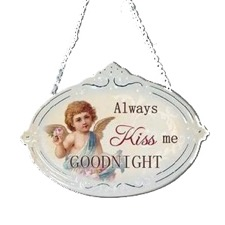 Ovalt emaljeskilt - ''Always kiss me goodnight''
